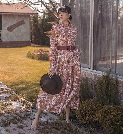 BERRENstudio - Açık Renk Şal Desenli Elbise